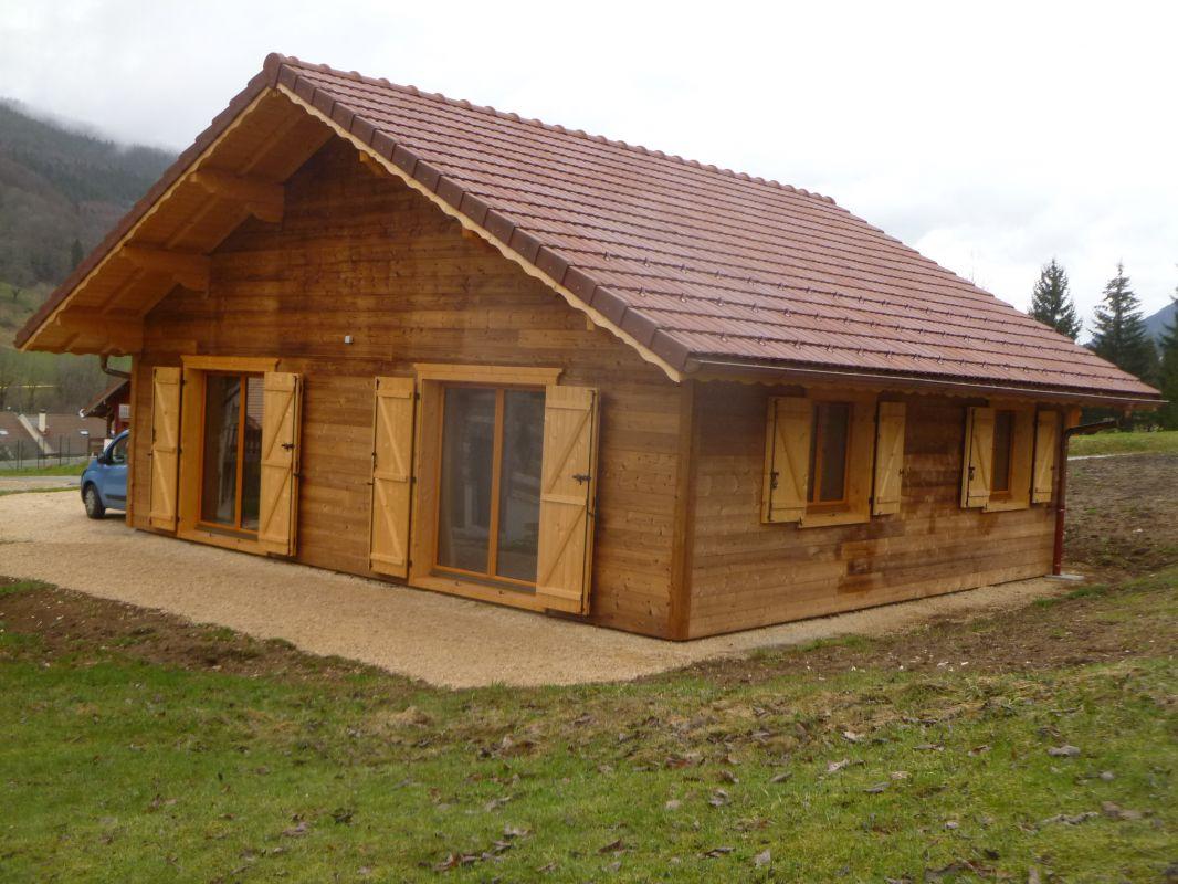 Maisons bois et chalets boisson cr ateur fabricant for Chalet bois contemporain